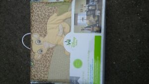 The Lion King, new crib bedding. Accessories and playpen!