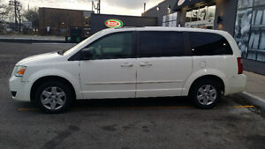 2008 Dodge Caravan grand Minivan, Van