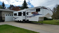 34 ft. 5th. wheel Chaparral by Coachman