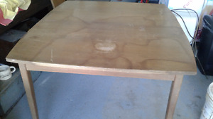 Free Dining Room Table
