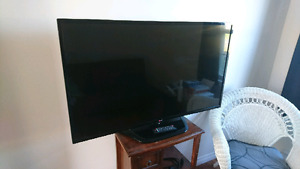 "LG 50"" LED TV (No picture)"