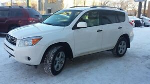 2008 Toyota RAV4 Base V6 4WD with 3rd Row