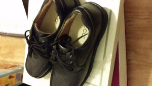 brand new black ecco casual shoes, size 7.5