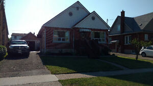 1.5 story house for sale Welland Ontario