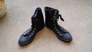 Funky boots size 5/6