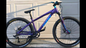 Giant Stp Buy Or Sell Bikes In Ontario Kijiji Classifieds
