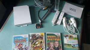 ATARI 2600, NINTENDO WII, AND GAMEBOY SP LOTS