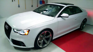 2014 Audi RS5 -  RS Model, AWD, Low Km, Warranty, No Accidents