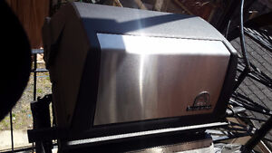 BBQ For Sale. This is a BROIL KING REGAL XL70