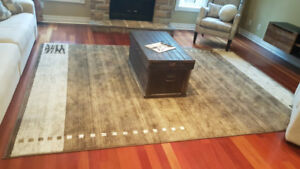 Large 8 x 11 foot rug