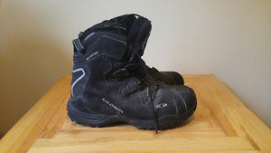 Size 12 Salomon winter boots