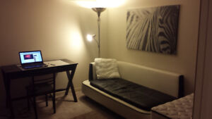Ajax South Students Females Preferred Room Rental