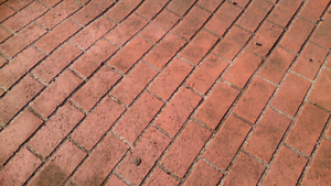 OLD RED PAVERS Coolaroo Hume Area Preview