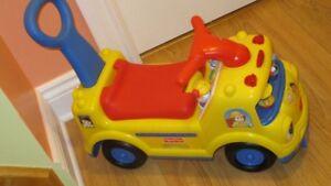 Fisher Price Little People voiturette