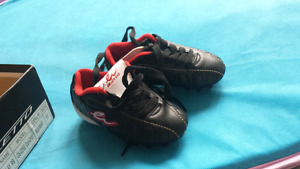 Eletto soccer shoes child  size 6/7