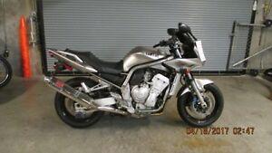 2002 Yamaha FZ-1