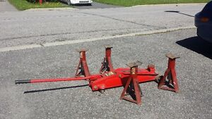 Cric + 4x chandelles / Hydraulic Floor Jack 2.5 Ton + 4x Stands