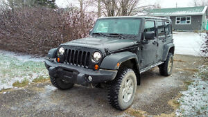 2013 Jeep Wrangler Unlimited Moab SUV, Crossover
