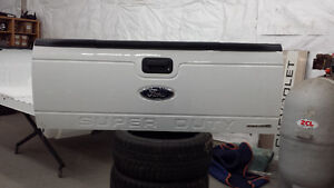 Brand New 2013 - 2015 Ford F250 F350 Super Duty Tailgate