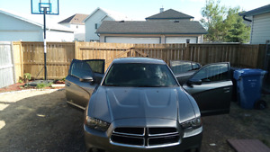 2011 Dodge charger se  NEW CONDITION