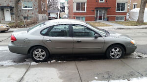 2004 Ford Taurus impecable
