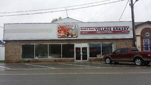 5000 sq/ft For Lease/Rent. Havelock. Great opportunity!