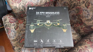 Hubsan H501ss Drone w/all the extras