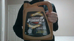 Motomaster Formula 1 Synthetic SAE 5w-20 Oil