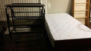 2 foldable single beds metal framed Cambridge Kitchener Area image 2