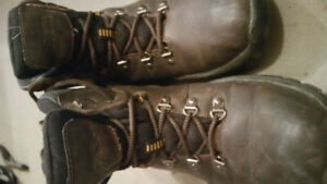 Men's Leather boots size 8