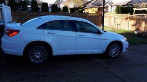 2013 Chrysler 200 LTD Leather, Sunroof, Air, ABS, 3.6L VVL, Crui