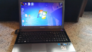 Samsung laptop 16 in Dual core 500 gb hd 4gb ram