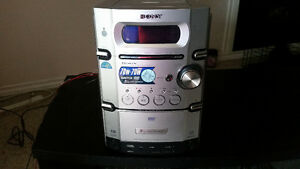 POWERFUL SONY 5 DVD CHANGER, TAPE PLAYER, RADIO COMBO $60 ONLY