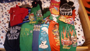 17 Boys T-shirts size 5 to 7 --- $20