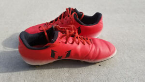 Adidas MESSI Size 4 Youth Soccer Cleats MORE THAN HALF OFF