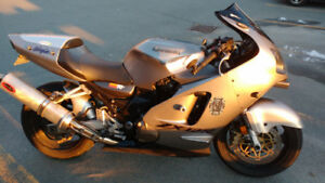 2000 ZX12R Gary you contacted me, please contact again