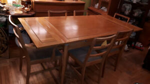 9 Pc. Vintage Oak Dining Set
