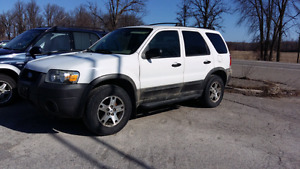 2005 ford escape AWD NOT RUNNING