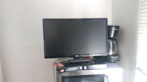 LG FLAT SCREEN PRICED TO SELL