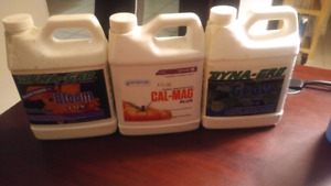 Plant growing nutrients - Dyna-Gro
