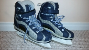 Kids Softec Insulated Ice Skates Very Good Condition Kids Sz 6