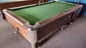 VALLEY POOL TABLE - LOADS OF FUN FOR THE MAN DEN 90% OFF!