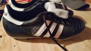 Adidas Soccer cleats. Copa Mundial size 9.