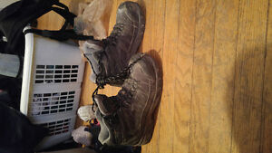 Selling Dakota Tarantula Anti-Slip work boots