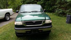 1999 Mazda B-Series Pickups Pickup Truck