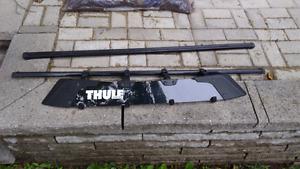 Barre de toit thule 4 pieds