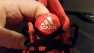Adidas kids sz 2 soccer cleats