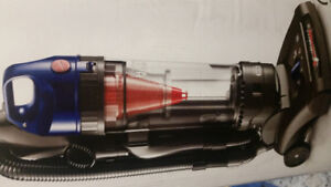 Hoover windtunnel2 high capacity upright vacuum cleaner.