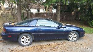 1999 Chevrolet Camaro Coupe (2 door) Windsor Region Ontario image 2