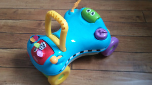 Ride on toy/ walker/ toddler toy